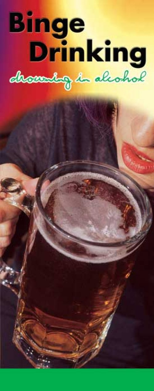 """In the Know -""""Binge Drinking: Drowning in Alcohol"""" Pamphlet"""